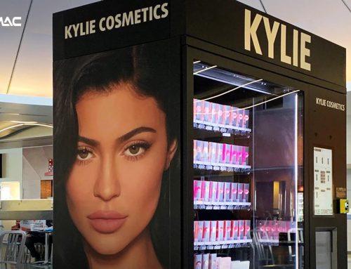 Kylie Jennar Gunakan Vending Machine Untuk Jual Kosmetik