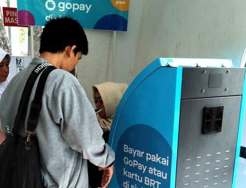 Pengguna Gojek! Vending Machine Kini Sudah Bisa Bayar Pake Go-Pay